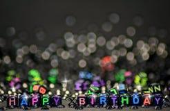 Würfel formen alles Gute zum Geburtstag des Zeichens stockfotografie