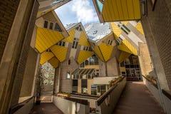Würfelhäuser entworfen von Piet Blom in Rotterdam; Niederlande Lizenzfreie Stockbilder