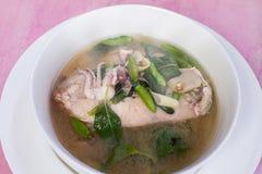 Würzige Meeresfrüchte-Suppe Stockfoto