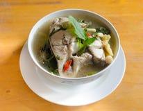 Würzige Suppe der frischen Fische Stockfotos