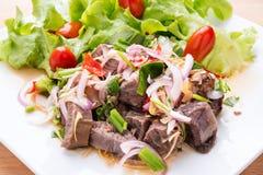 Würziger Rindfleischsalat des thailändischen Sommers Stockfoto