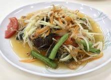 Würziger thailändischer Papayasalat, Somtam Stockbilder