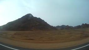 Wüste in Ägypten-Ansicht vom Bus stock footage