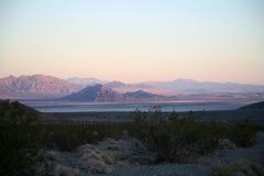 Wüste am Sonnenuntergang Stockbild