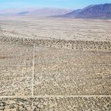 Wüste und Gebirgszug. Stockbild
