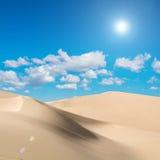Wüste und Sonnenlicht Stockbild