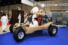 Wüsten-Fahrzeugshow an Abu Dhabi International Hunting und an der Reiterausstellung (ADIHEX) Lizenzfreie Stockbilder