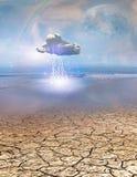 Wüsten-Wasser mit Blitz-Wolke Lizenzfreie Stockfotos