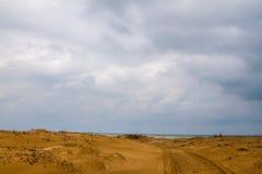 Wüstenstraße zu stockfoto