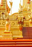 Wąż wokoło Królewskiego Crematorium w Thailand przy Listopadem 04, 2017 Zdjęcia Royalty Free