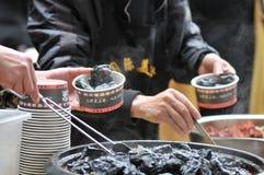 Wąchający utrzymanego bobowego curd/fermentował bobowego curd z odorem, bobowym curd z zapachem/ obraz stock