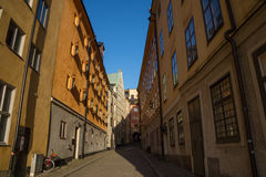 Wąska ulica, Gamla Stan, Stary miasteczko, Sztokholm, Szwecja Obrazy Stock