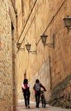 Wąska ulica piękny Salamanca zdjęcie stock