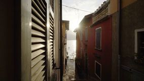 Wąska ulica w małym Włochy miasteczku zbiory