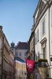 Wąska ulica w mieście Krakow w Polska zdjęcie royalty free