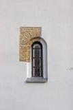 Wąski okno w starym kościół Zdjęcia Royalty Free