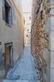 Wąskie ulicy stary Hiszpański miasto Girona obraz stock