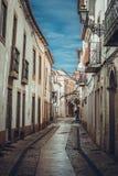 Wąskie ulicy w mieście Tomar zdjęcia stock
