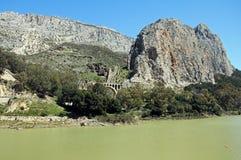 Wąwóz i rezerwuar, El Chorro, Hiszpania. fotografia royalty free