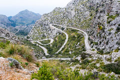 Wężowaty drogowy kierunku sa calobra, majorca Fotografia Royalty Free