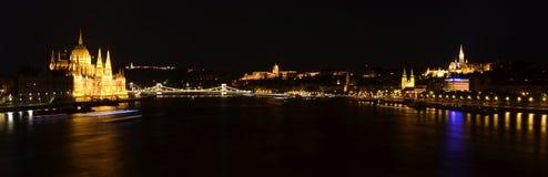 Węgierscy punkty zwrotni Budapest przy nocą Zdjęcia Royalty Free