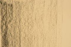 Węgla drzewnego deseniowy rysunek na koloru żółtego papieru tła teksturze Zdjęcie Stock