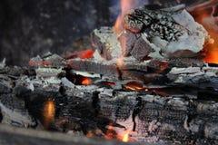 Węglowy palenie płomień obraz stock