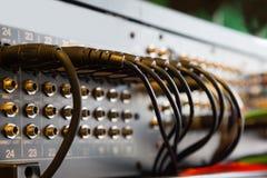 Włączniki zawierać w audio melanżerze obrazy stock