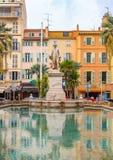 Władyki Brougham statua z fontanną w centrum miasta, wyprostowywającym zdjęcia royalty free