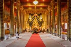 Władyki Buddha model w Świątynnym Tajlandia Obraz Royalty Free