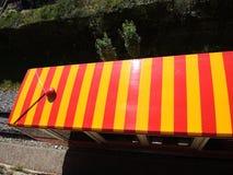 Włoch bergamo Czerwień funicular w starym mieście Bergamo obrazy stock