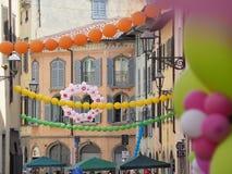 Włoch bergamo Festiwal okręg Borgo Palazzo Szybko się zwiększać który barwi ulicę zdjęcia stock