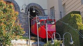 Włoch bergamo Funicular od niskiego miasta górny miasto Sceniczny widok od venetian ściany zdjęcie stock