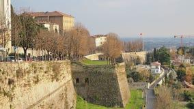Włoch bergamo Krajobraz przy antycznymi ścianami stary miasto wierzchu miasteczko obraz royalty free