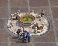 Włoch bergamo starego miasta Krajobraz przy Contarini fontanną lokalizować przy starym głównym placem zdjęcie royalty free