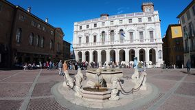 Włoch bergamo starego miasta Krajobraz przy głównym placem biblioteką publiczną i Contari, zdjęcie wideo
