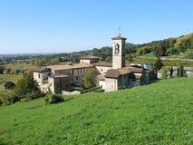 Włoch bergamo Trutnia widok z lotu ptaka Poprzedni monaster Astino fotografia royalty free