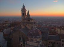 Włoch bergamo Widok z lotu ptaka bazylika Santa Maria Maggiore Colleoni i kaplica fotografia royalty free
