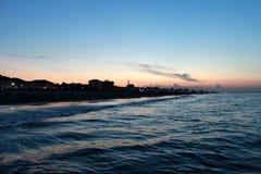 Włochy emilia Rimini Morze na błękit menchii nieba tle, horyzontalny widok Zmierzch Zdjęcie Royalty Free