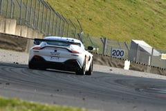 Włochy - 29 Marzec, 2019: Aston Martin Korzystny AMR GT4 PROsport występu Niemcy drużyna zdjęcie stock