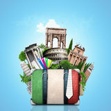 Włochy, przyciągania Włochy i retro walizka, obrazy stock