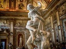 Włochy, Rzym, Galleria Borghese gwałt Proserpina Bernini, szczegół 4 obraz stock