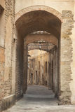 Włochy, Tuscany, Pistoia Aleja w starym mieście zdjęcie royalty free