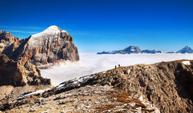 Włoscy Alps - Grupowy Togfana obrazy stock