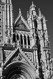 Włoscy architektoniczni szczegóły katedra w Siena zdjęcia stock
