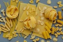 Włoscy foods pojęcia i menu projekt Asortowani typ makaron Zdjęcie Stock