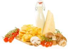 Włoscy makaronu naczynia składniki odizolowywający na bielu (świeży tagliate Fotografia Stock