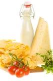 Włoscy makaronu naczynia składniki odizolowywający na bielu (świeży tagliate Obrazy Stock
