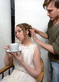 Włosiany stylista przy pracą Zdjęcia Royalty Free