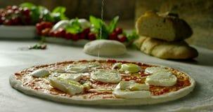 Włoska pizza w 4k zbiory